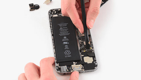 reparatii-iPhone-banner-2-min